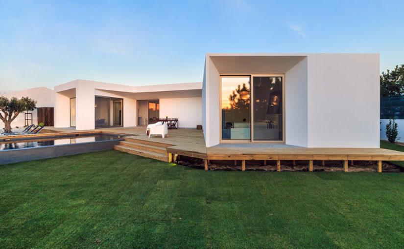Okres budowy domu jest nie tylko unikatowy ale również wybitnie oporny.